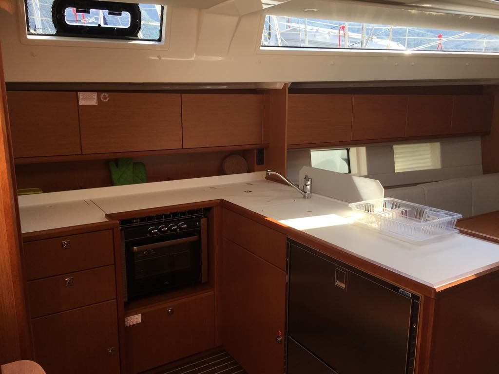 kitchen_boat