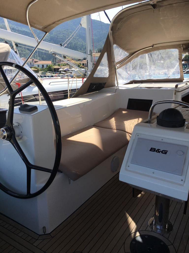 exterior_1_boat
