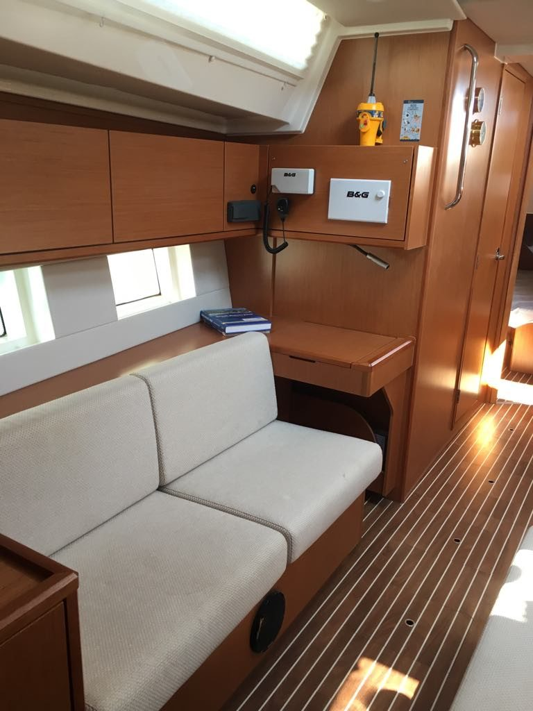 area1_boat
